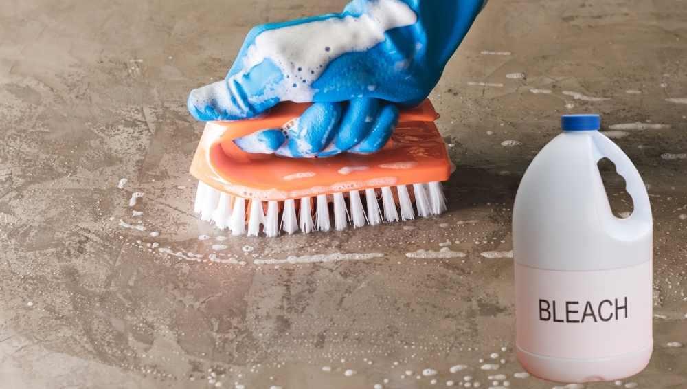 Using bleach to clean concrete